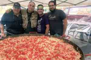 Paella-pot-with-Chef-Jose-Andres-World-Central-Kitchen-FB
