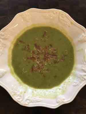 barefoot contessas spanish pea soup with crispy ham