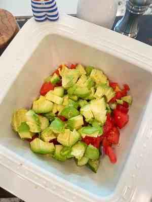 Avocado-and-Tomato-Salad-mixed