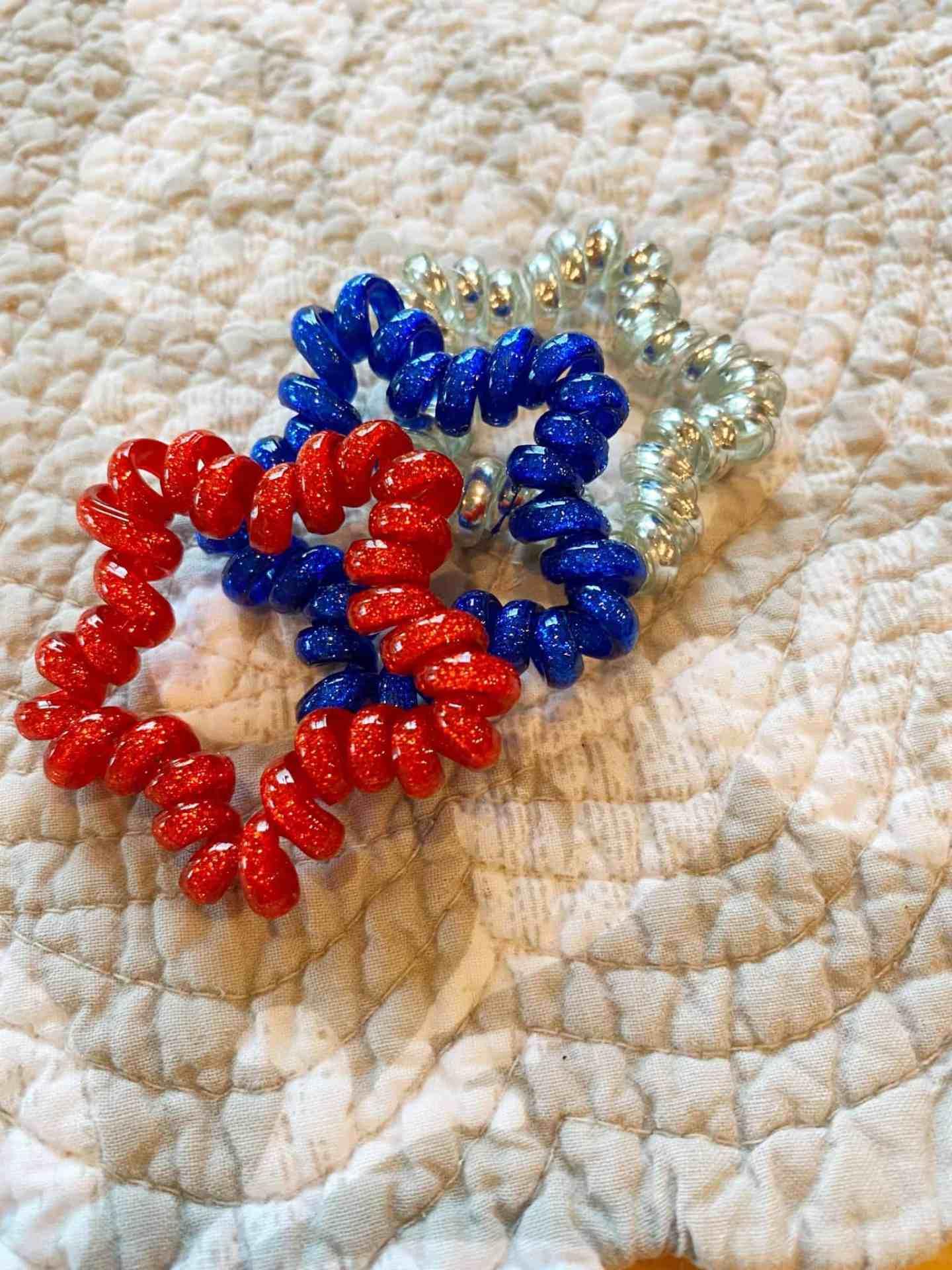 Fourth-of-July-Bracelets