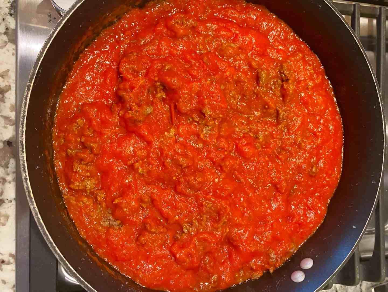 Spaghetti-Squash-Beef-Parmesan-bolognese