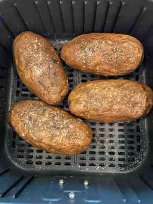 twice-baked-potatoes-air-fryer