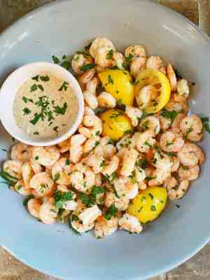 Lemony-Boiled-Shrimp-with-Honey-Mustard-Dipping-Sauce