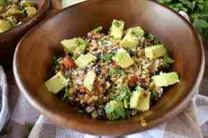 Loaded-Mexican-Veggie-Quinoa-with-Cilantro-Lime-Vinaigrette-easy-recipe