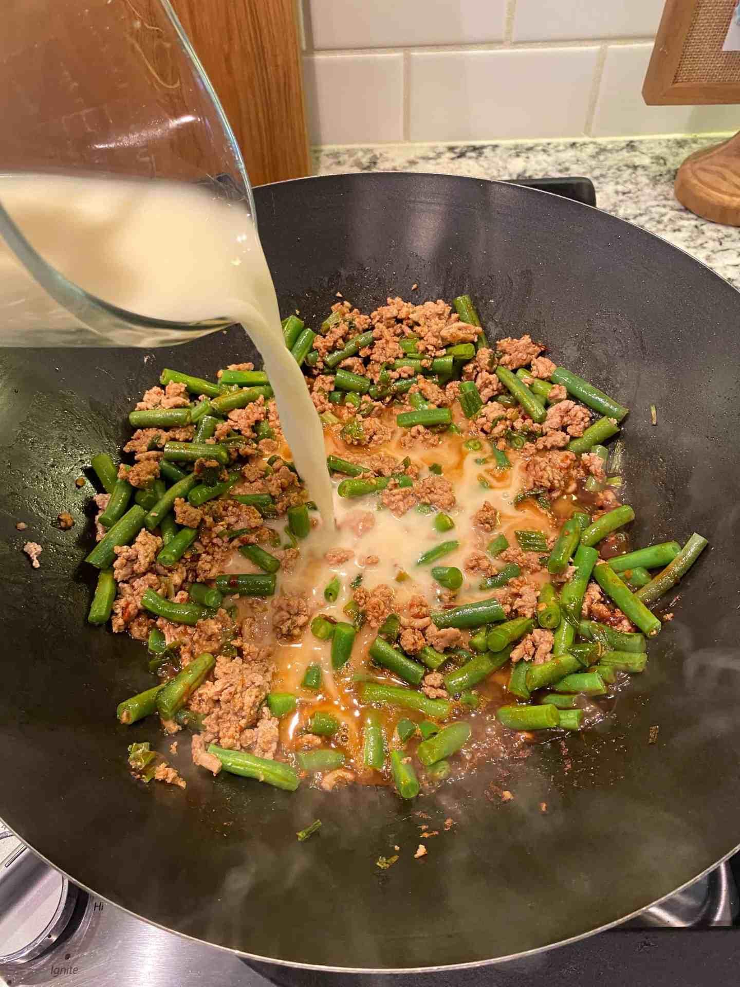 add-slurry-to-thicken-stir-fry