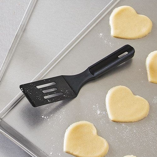 Mini-Serving-Spatula-stocking-stuffer