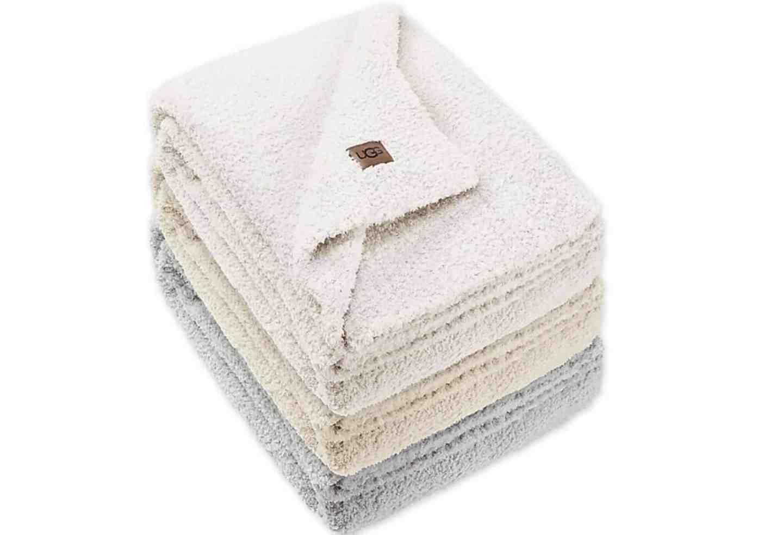 ugg-chenille-throw-blanket