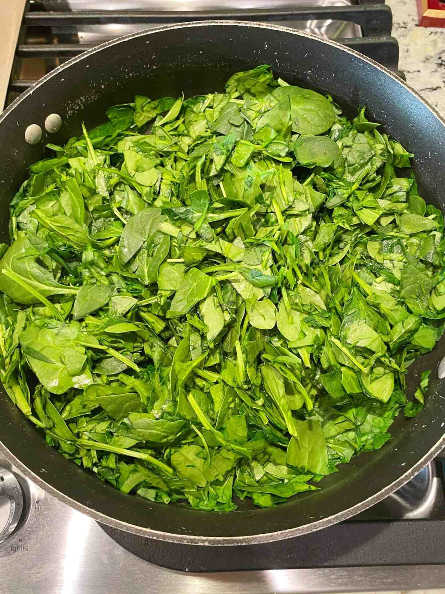 saute-spinach-in-olive-oil-until-withered
