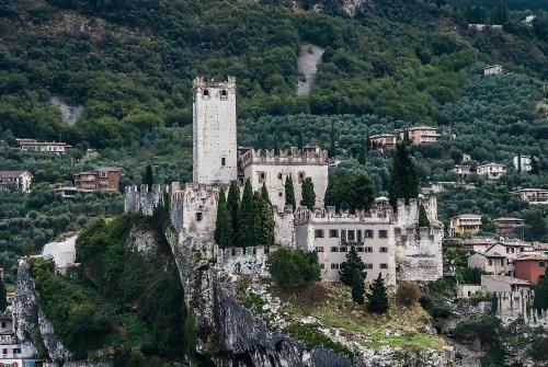 Das Castello Scaligero ist das Wahrzeichen von Malcésine.