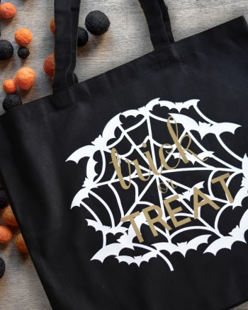 DIY Halloween Tote with Spiderwebs by Pineapple Paper Co.
