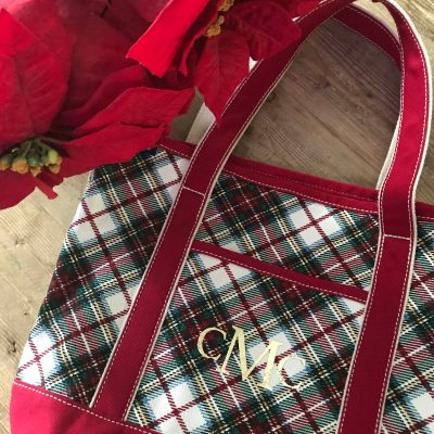 DIY Monogrammed Christmas Plaid Tote Bag