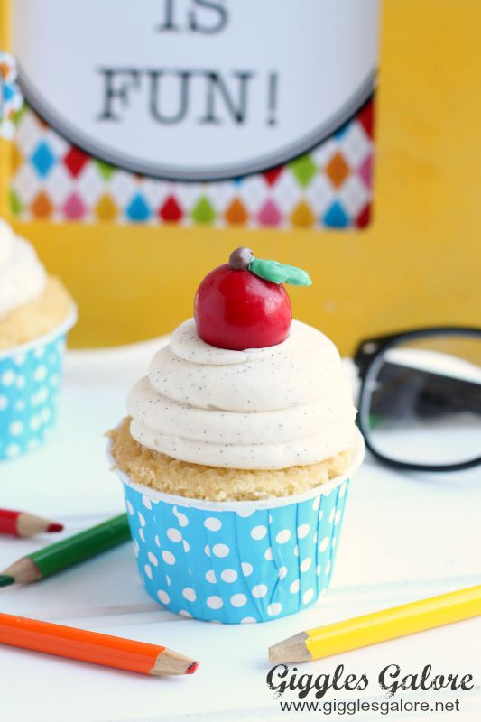 Back to School Apple Cupcake by Giggles Galore