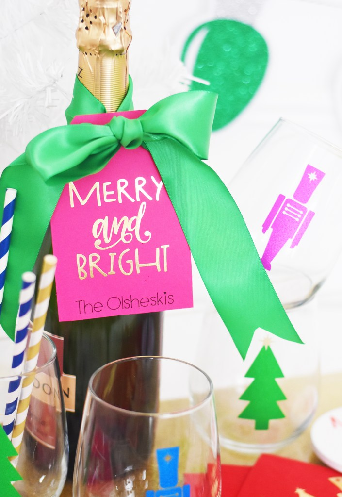 DIY Holiday Hostess Gift with the Cricut by Pineapple Paper Co.