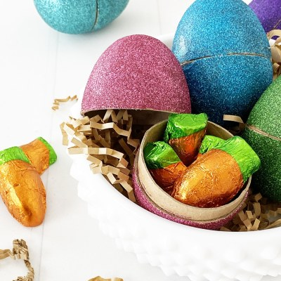 Easy Glitter Easter Eggs