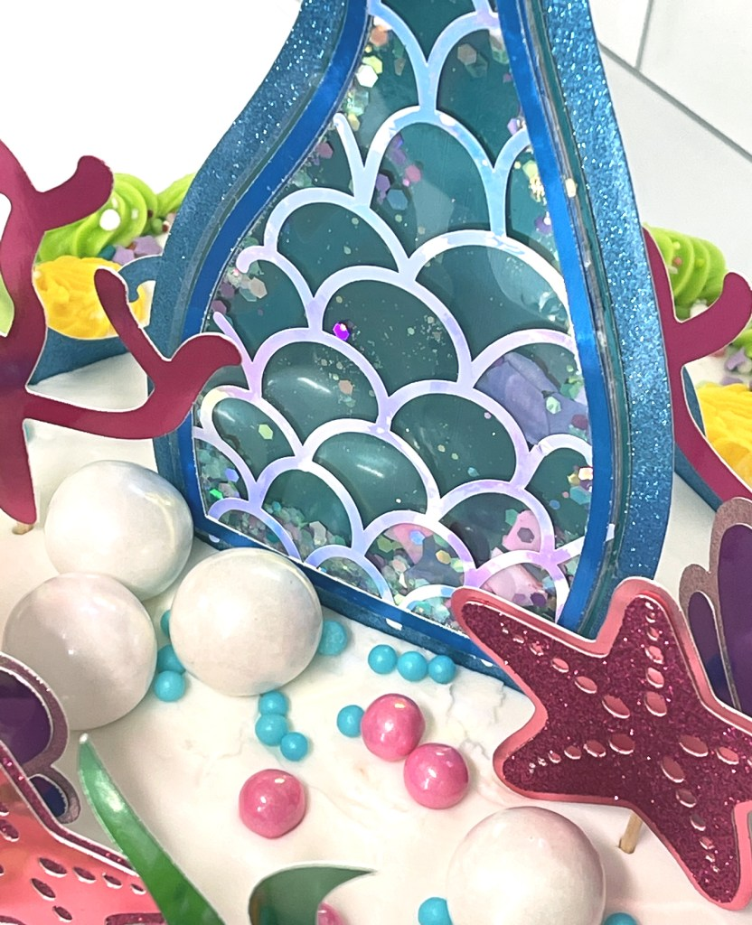 Detail Shot of Shaker Mermaid Tail Cake Topper