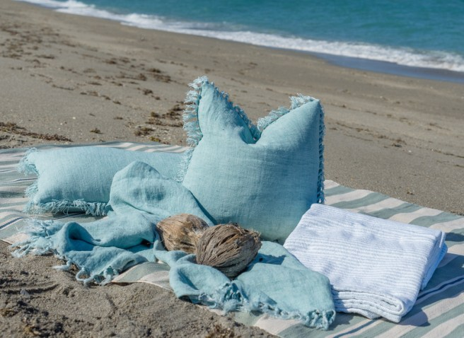 coastal throws and pillows
