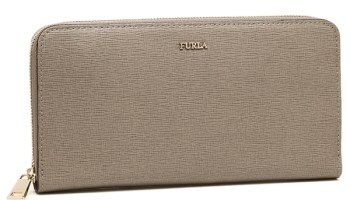 cheap for discount c6569 178e0 Happy Mother's Day × FURLA 母の日に贈る財布を