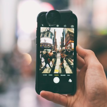 A Telephoto Lens For iPhone!