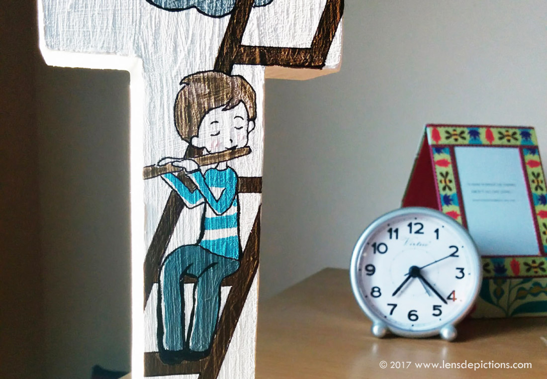 """Happy """"I"""" – Wooden Letter Painting"""