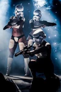 Starwars burlesque_04