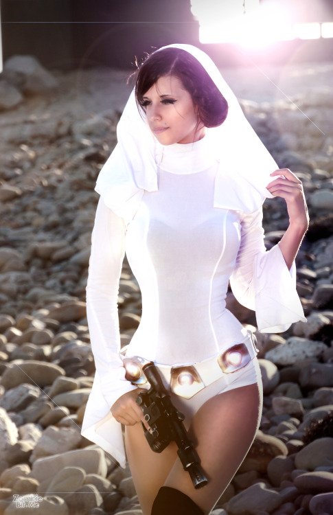 princess-leia-by-zombie-bit-me (3)