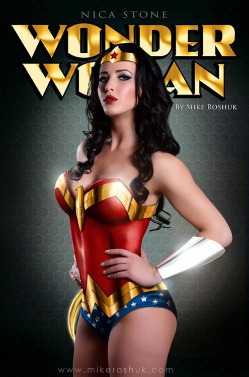 mike roshuk - Heroines Comics en Bodycombing (2)