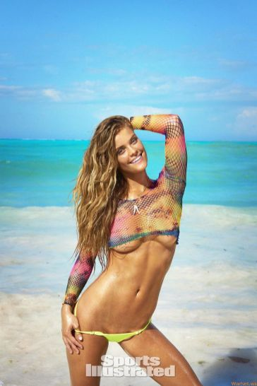 18-3 Nina Agdal Sports Illustrated Swimsuit 2016