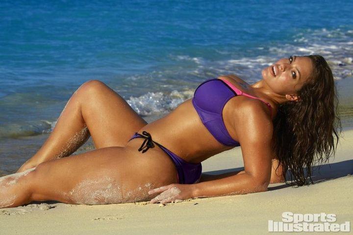 Пухленькая Эшли Грейам для Sports Illustrated