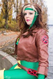 rogue cosplay (malicia xmen) (4)