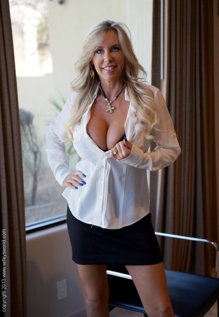 sandra otterson (wifey)2