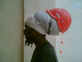 workplace-safety-fails-men-accident-waiting-to-happen-59-58d232aba975e__605-7