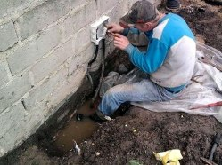 workplace-safety-fails-men-accident-waiting-to-happen-8-58cfea7285ff2__605-7