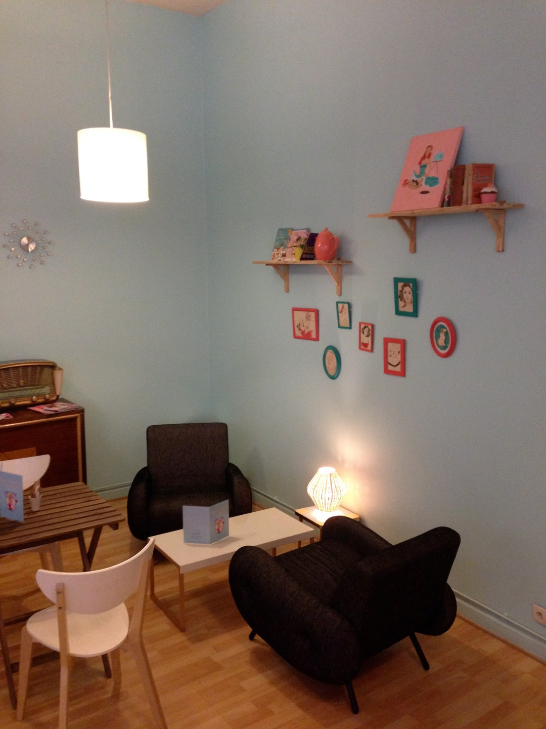 Laureline's corner salon 2