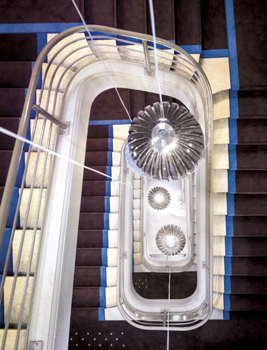 okko-hotels-lyon_le-grand-escalier
