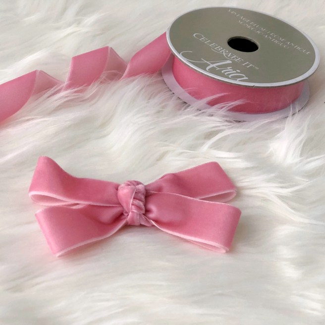 Easy DIY: Velvet Ribbon Bows Part 2 - Pink Bows & Twinkle Toes