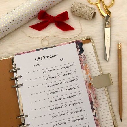 Holiday Gift Tracker Printable: Classic Planner Insert - Pink Bows & Twinkle Toes
