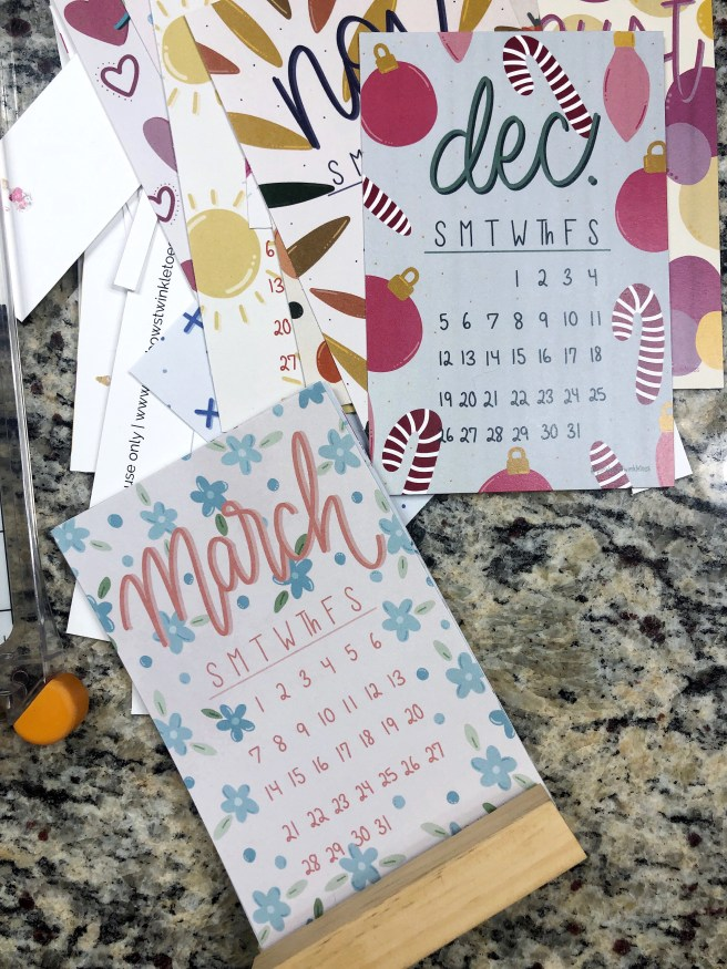 Trimmed Calendar Pages - Pink Bows & Twinkle Toes