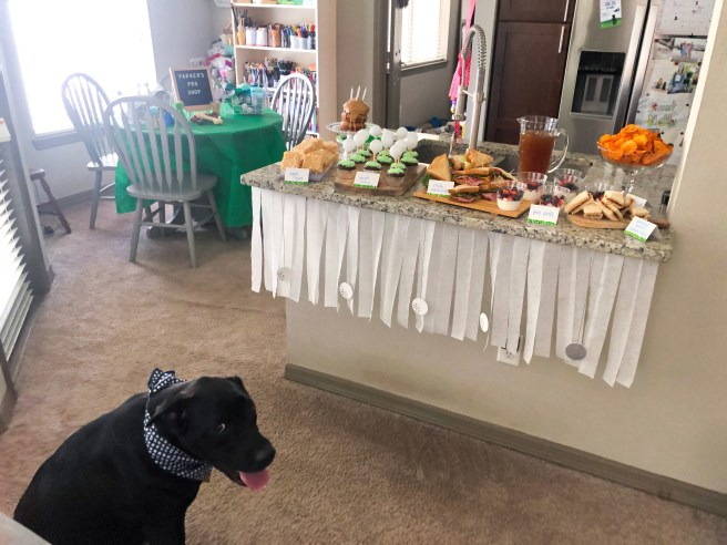 Black Lab with golf birthday party food buffet - Pink Bows & Twinkle Toes