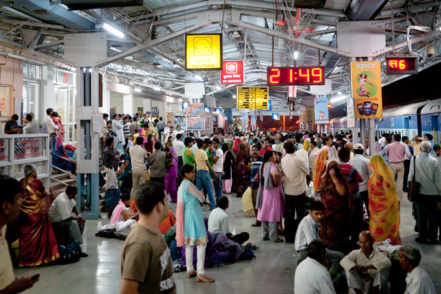 Jaipur-Railway-Station,-And-The-Start-Of-The-Journey-Home