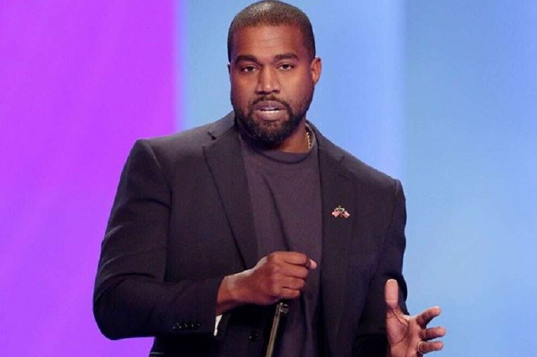 Kanye West calls himself greatest artist that God ever created