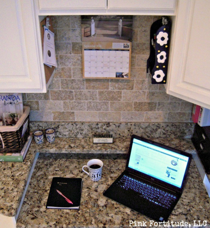 Kitchen Command Center for the Ultimate in Organization by coconutheadsurvivalguide.com