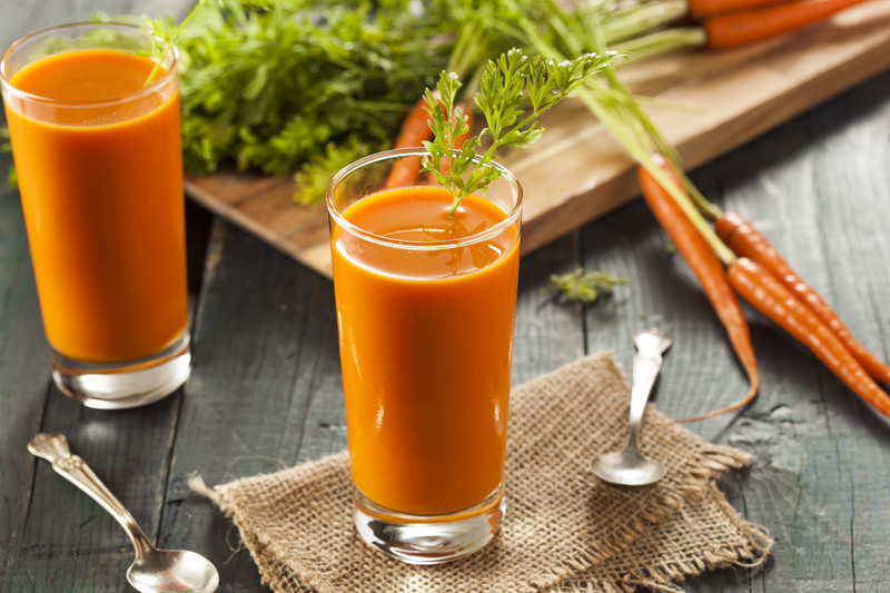 Carrot Cake Smoothie – Healthy + Kid-Friendly