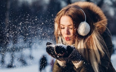 How to Manifest Gratitude When You Have the Winter Blues