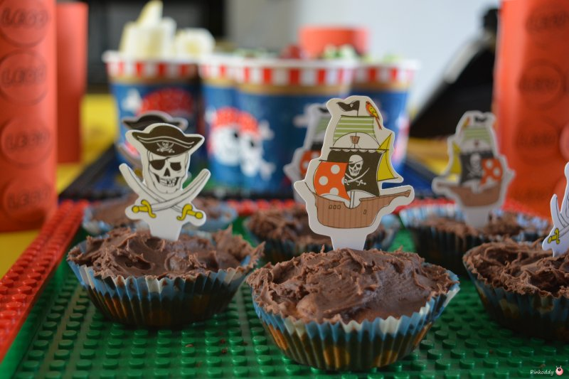LEGO Pirate party cakes