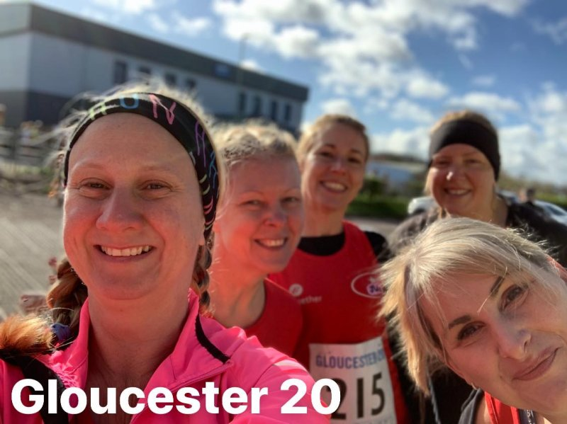 female runners selfie before gloucester 20