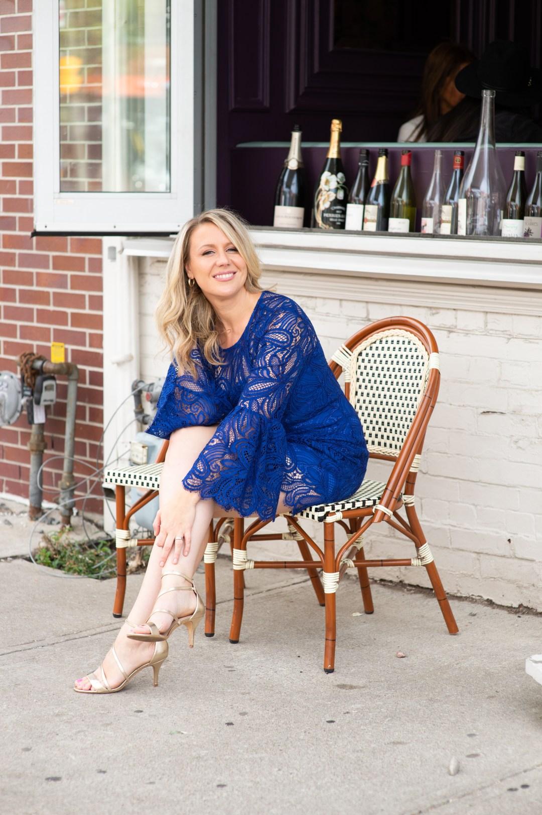 Jennifer Gaskell outside of a Toronto cafe
