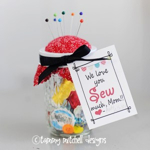 Free Mother's Day Printable Tags and DIY Sewing Kit Tutorial
