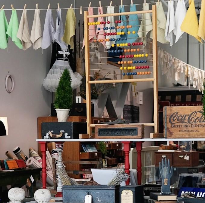 Interior Design: Chalk Paint Workshop with Peinture Studios