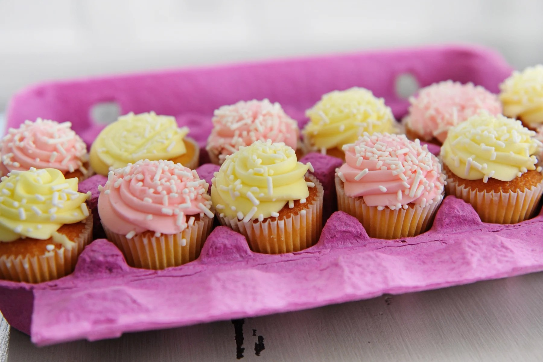 Getting Creative with Cupcakes: Cute Packaging and Gift Giving Idea