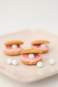 Beach Theme Cookies : DIY Clam Cookies